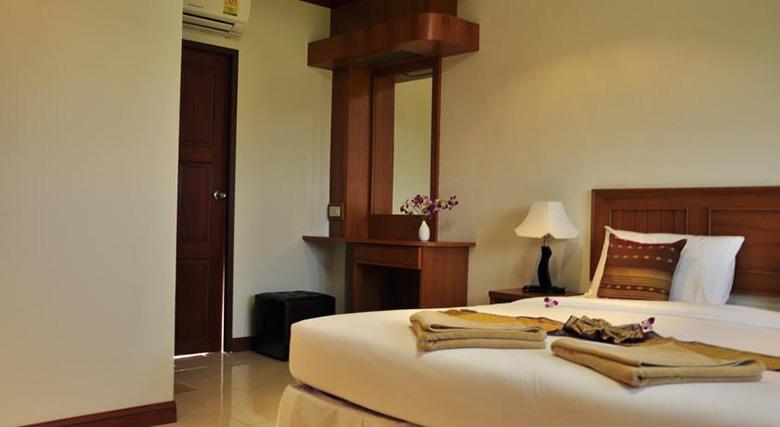 Недорогой отель 3 звезды на Банг Тао, Пхукет