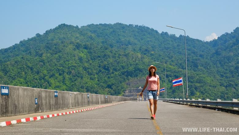 Дамба в Канчанабури, Таиланд