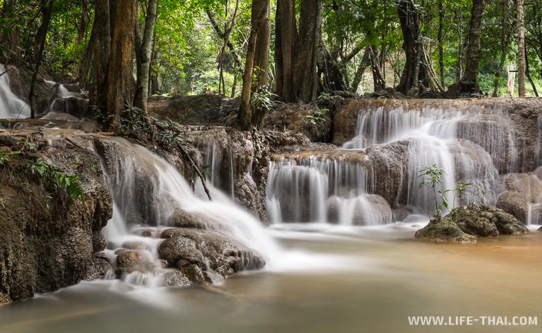 Водопады в Канчанабури, Таиланд
