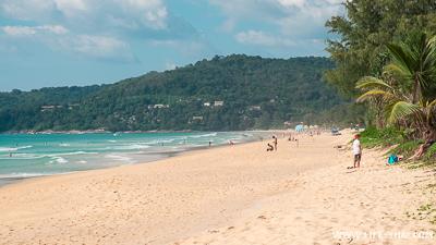 Пляж Карон - широкий, длинный песчаный пляж с хорошими отелями