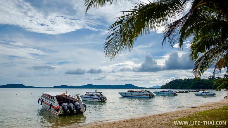 Пляж на острове Ко Сире, Пхукет, Таиланд