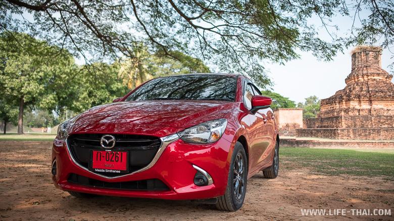 Одна из популярных машин в прокатах Таиланда - Mazda 2