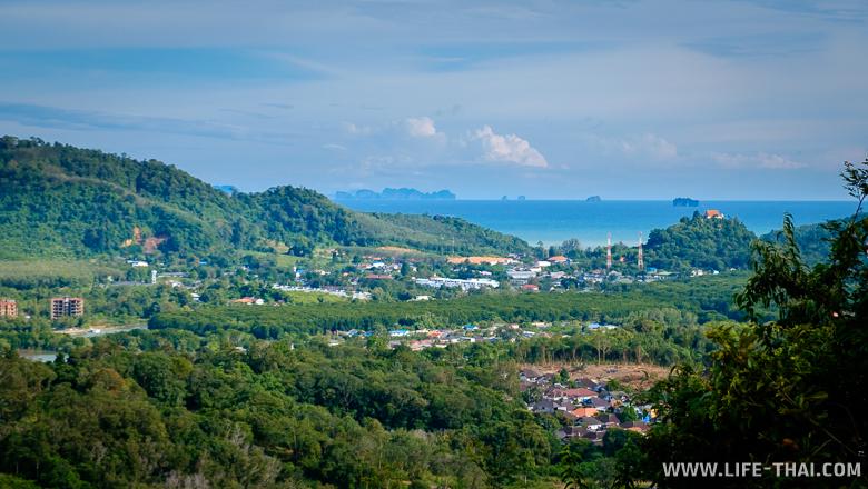 Вид на острова с горы обезьян, Пхукет-таун