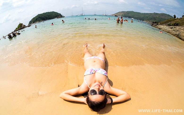 Лучший пляж для сноркелинга на ПХукете - Януи. Таиланд