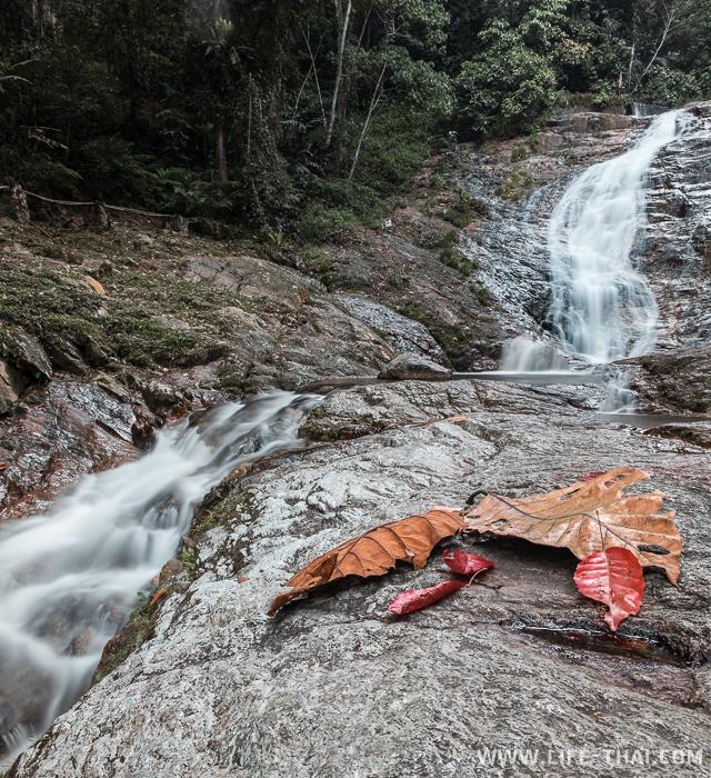 Водопад Лата Искандер по дороге в Камерон Хайлендс