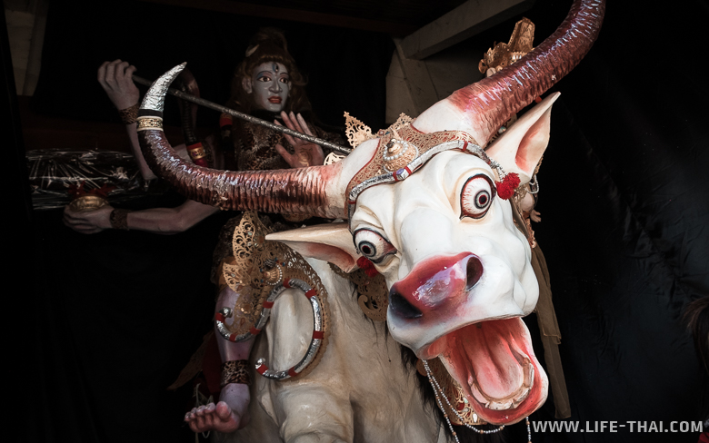 Бали - сотров духов и демонов