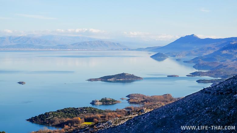 Острова в Скадарском озере, Черногория