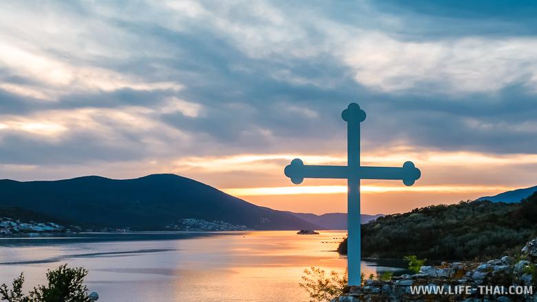 Закат на острове Цветов, Тиват, Черногория