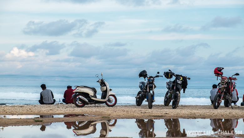 Пляж Меласти, Бали, Индонезия
