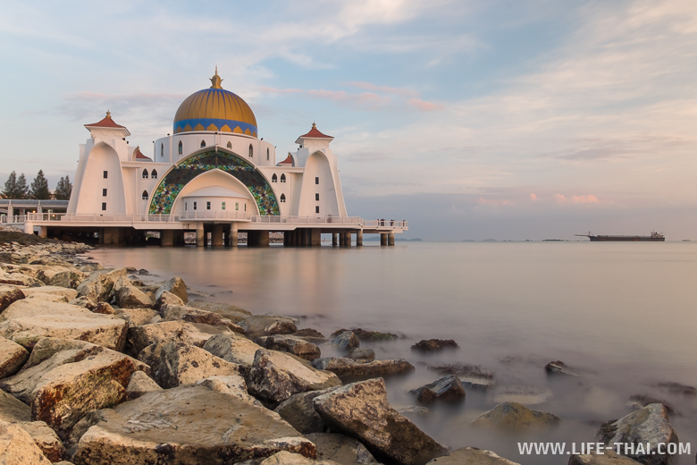 Мечеть на закате - принятое фото