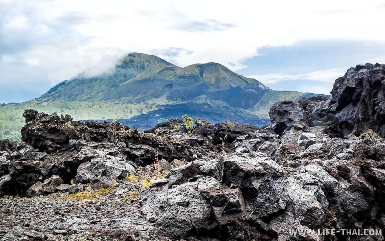 Вулкан Батур - одна из главных достопримечательностей Бали