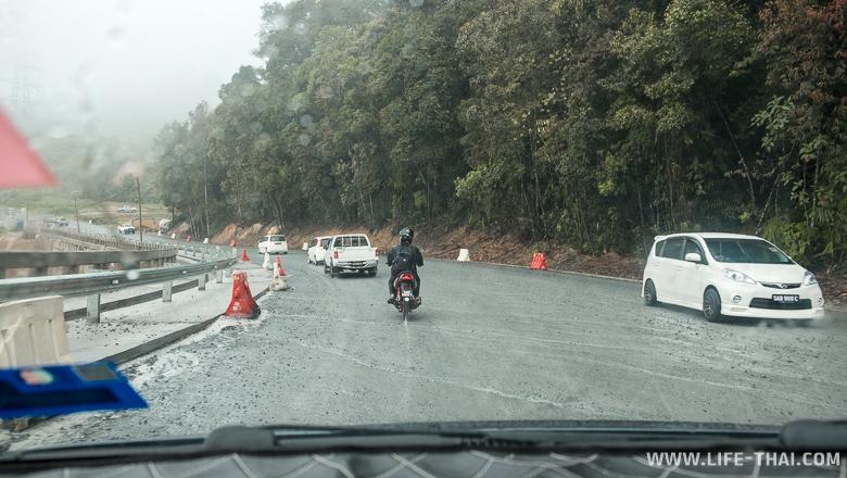 Дороги в Кота-Кинабалу и на острове Борнео, фото