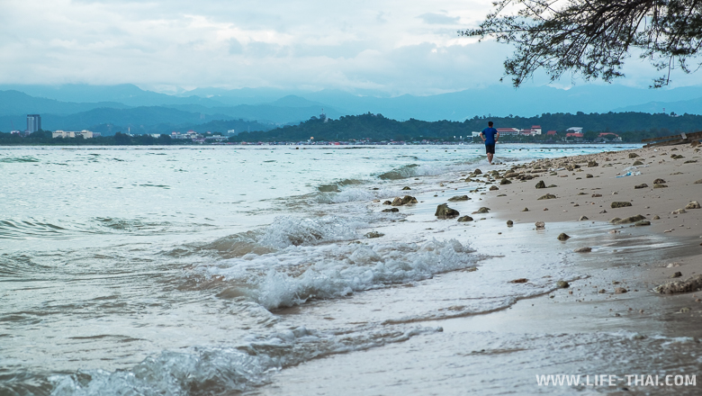 Пляж на острове Мамутик, Кота Кинабалу, Малайзия