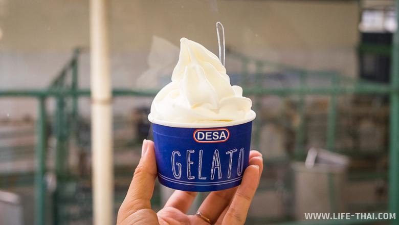 Йогуртовое мороженное на ферме Деса, Борнео, Малайзия