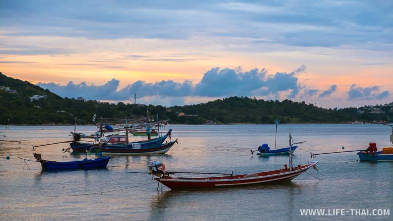 Закат на острове Самуи, лодки-длиннохвостки, Таиланд