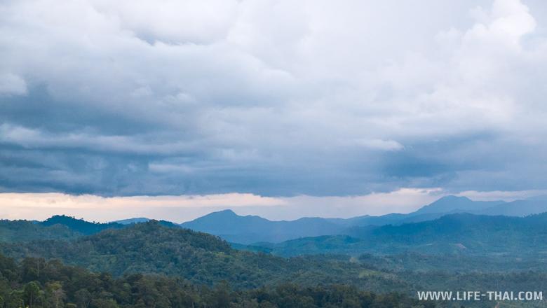 Борнео, горный перевал. Фото Малайзия