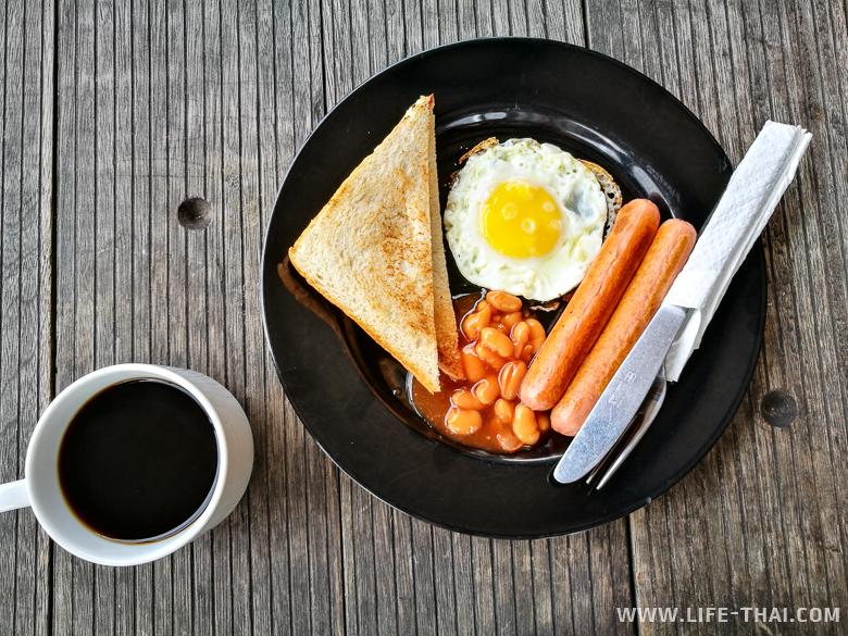 Завтрак в отеле My Hotel @ Sentral в Куала Лумпуре