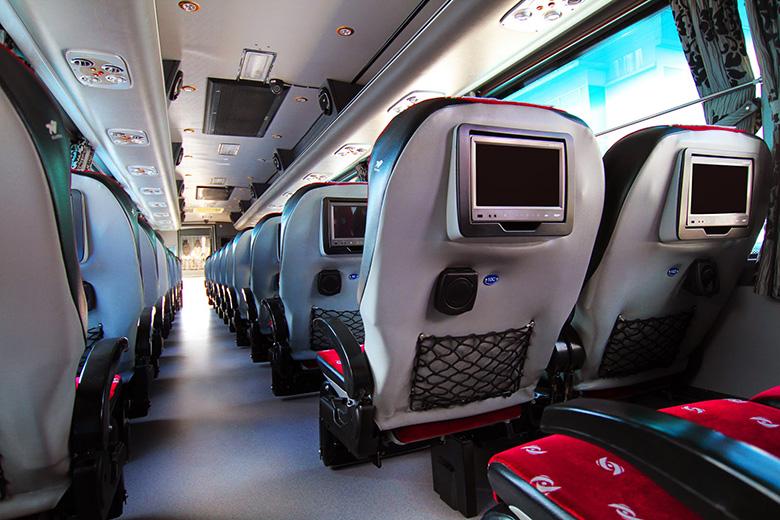 Автобус Бангкок - Чиангмай от Sombat tour
