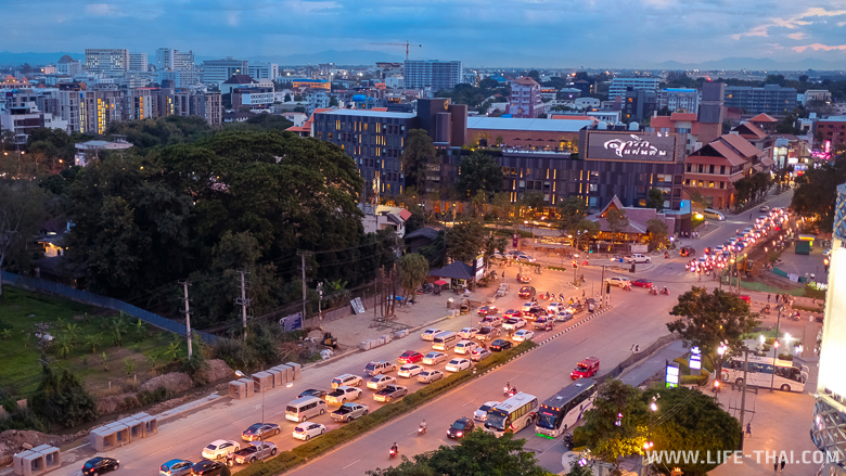 Вечерний Чиангмай, Таиланд