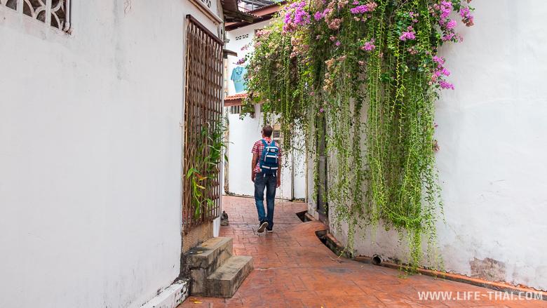 Игорь гуляет по Мелакке, Малайзия