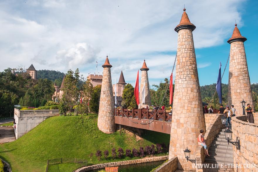 Мост в деревню Кольмар