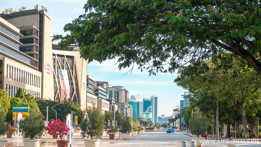 Улица в Путраджайе