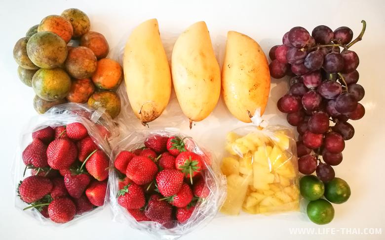 Разнообразие фруктов в марте в Таиланде