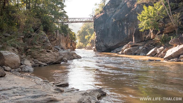 Ещ один мост через ущелье в парке Об Луанг