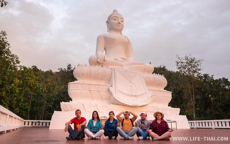 Биг Будда в Пае - одно из лучших мест для созерцания заката