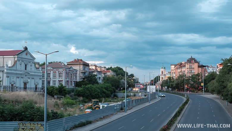 Аренда авто в Болгарии. Цены и условия проката машин в Софии, Бургасе, Варне