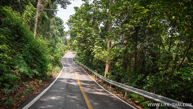 Дороги на ко Чанге. Опасно ли водить мотобайк на острове Чанг?