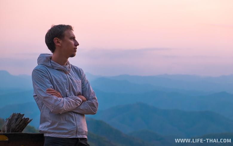 Игорь на смотровой площадке Samoeng