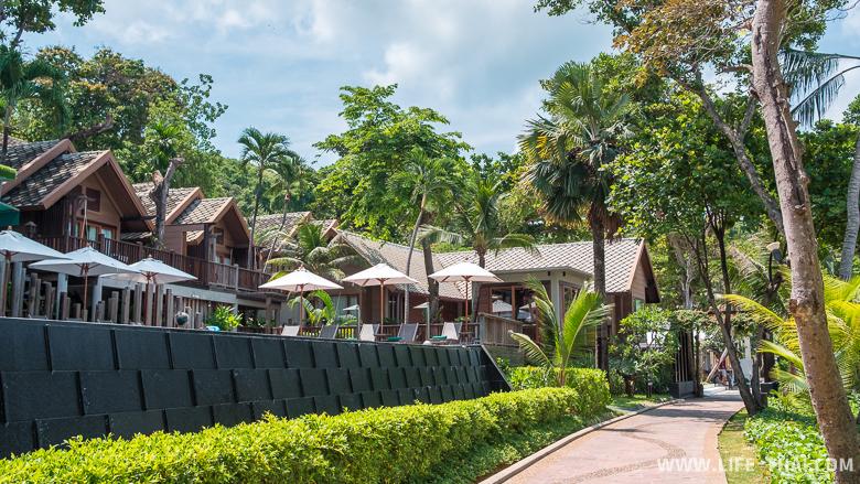 Территория отеля Le Vimarn Cottages & Spa на острове Самет