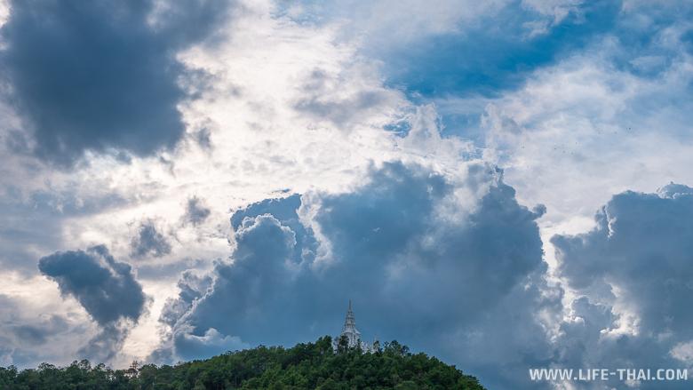 Белый храм в Чиангмае