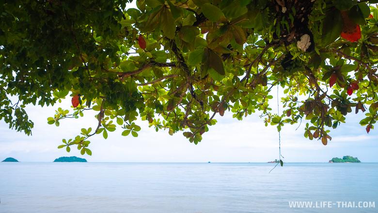 Вид на Сиамский залив с пляжа Кай Бае