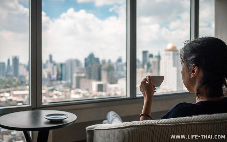 Вид на Бангкок из окна Байок Скай