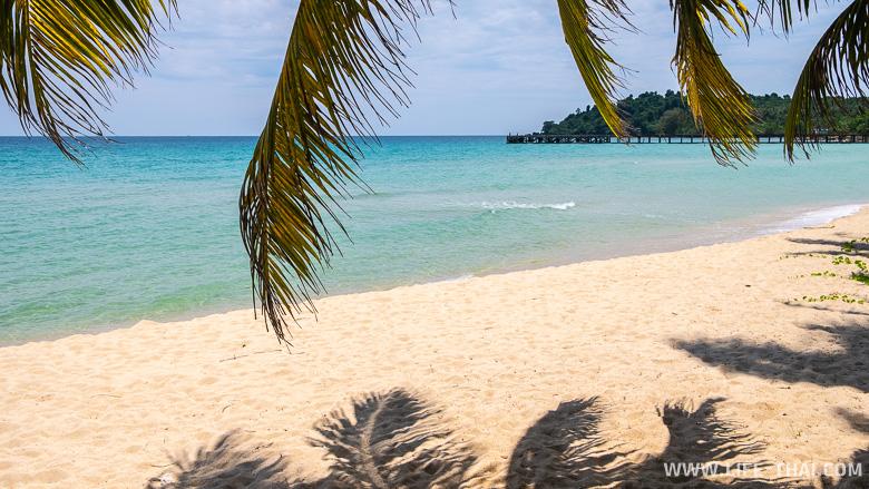Безлюдный пляж Ао Тапао на ко Куде