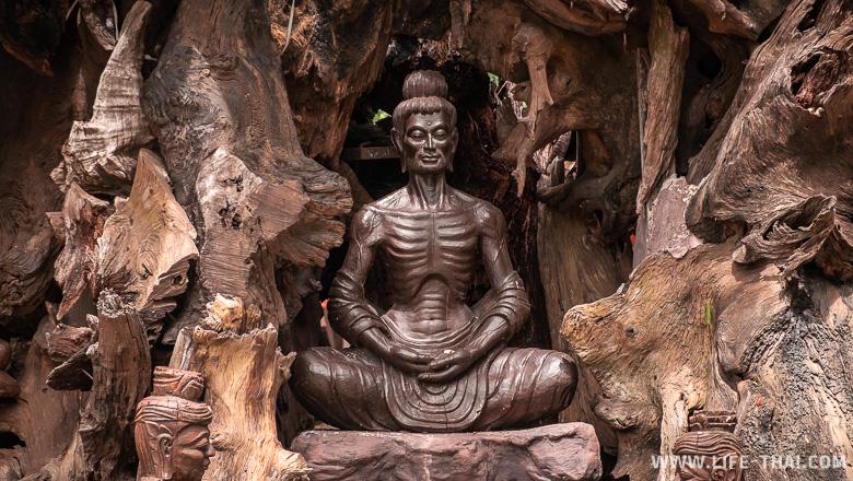 Статуя монаха, Таиланд