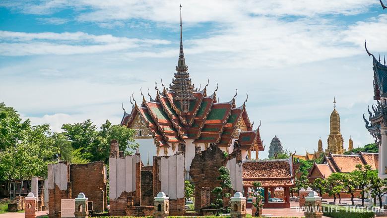 Копия королевского дворца в Бангкоке