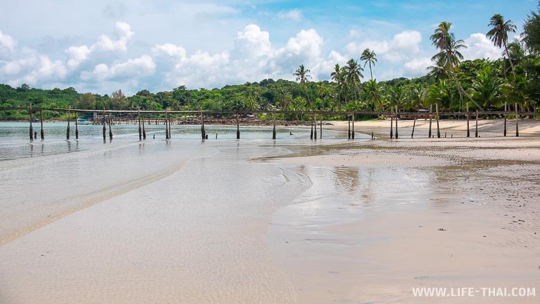 Пляж Сиам бич на ко Куде