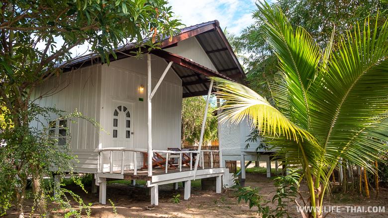 Дешевое жильё на ко Куде на пляже Сиам