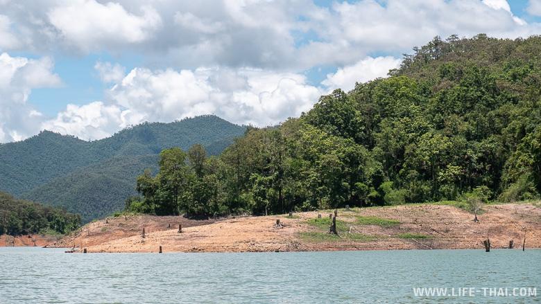 Пейзажи озера рядом с Чиангмаем