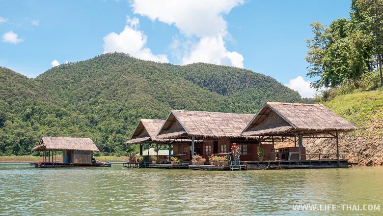 Домики на водохранилище Mae Ngat
