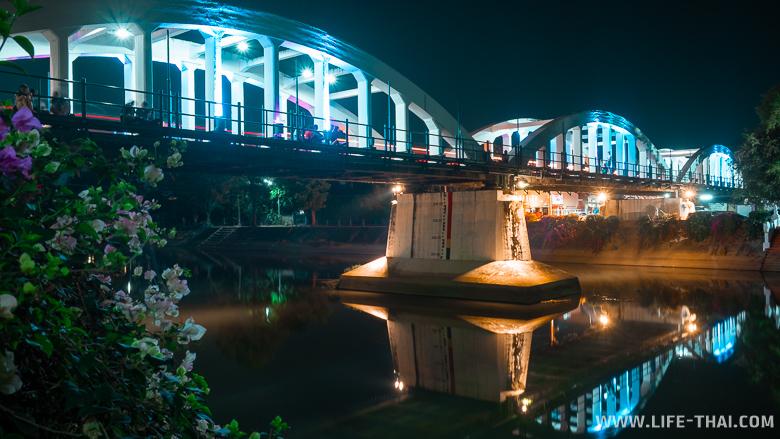 Белый мост в Лампанге