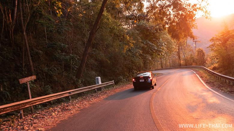 Дороги на Севере Таиланда - серпантин