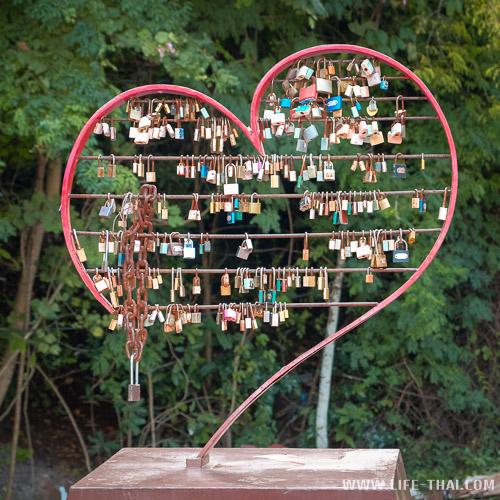 Замки любви в Бурираме