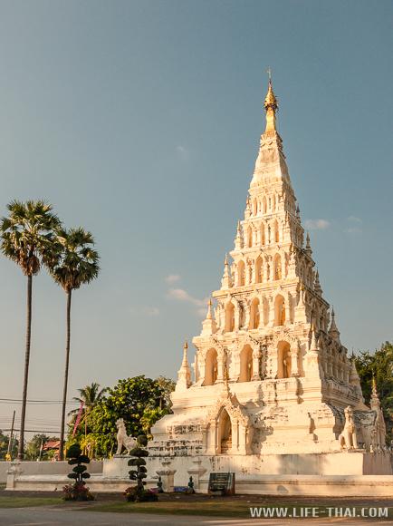 Wiang Kum Kam - историческая достопримечательность Чиангмая