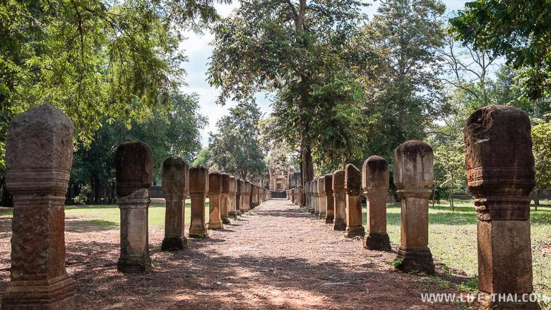 Древнейший кхмерский храм в Таиланде в Са Кео