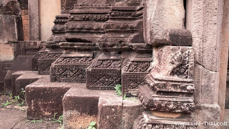 Ажурная резьба по камню в прасате Та Муан Том, Сурин, Таиланд
