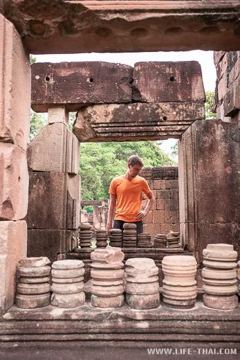 Древний кхмерский храм, Таиланд